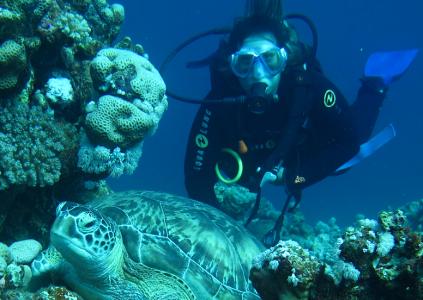 På fritiden passar Sandra gärna på att dyka - ett intresse som föddes långt innan Sandra började arbeta utomlands.