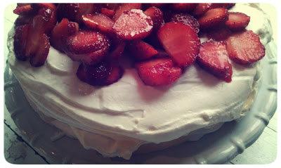 Sommartårta på mindre än femton minuter