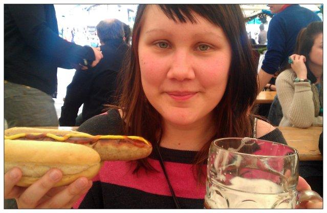 På Oktoberfest i Dublin, med den godaste korven - Bratwurst